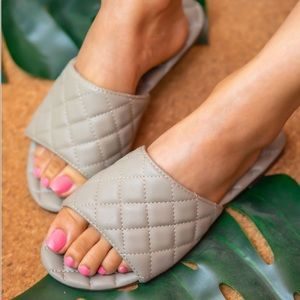 Olive quilted sandal